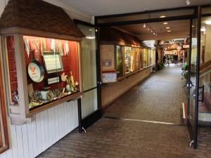 Doud Arcade off Ocean Avenue (Carmel, CA.)